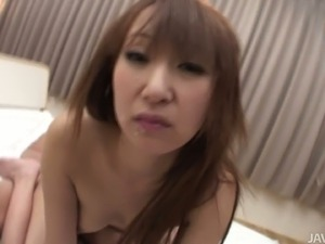 Lustful Japanese mom Anna Mizukawa gets double penetrated