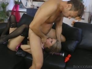 Beautiful blonde slut gives rimjob to Rocco Siffredi