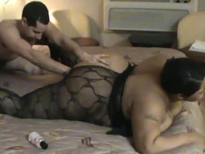 Skinny white guy has fun with his BBW. Interracial sex