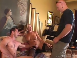 A shemale has a dick sucking ass fucking threesome