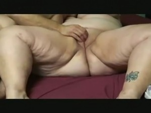 My BBW sweetheart gets her pussy fingered to orgasm by me
