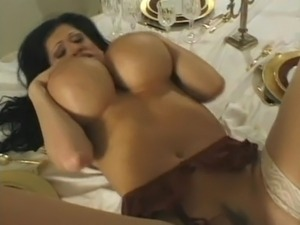 Giant tits milf..wet pussy!