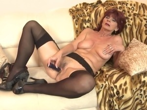Old but still sexy granny needs a good sex