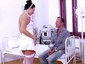 Scream as nurse in high heels gets pleasured with double fucking