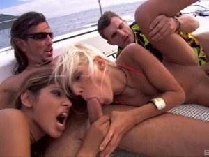 Insatiable Sahara Knite joins her friends for a foursome