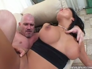 Stunning raven haired cutie Lanny Barbi got her asshole and muff stretched in...