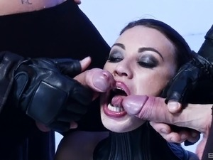 Gaping slave anal throbbed hardcore compactly in BDSM porn