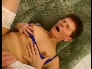 Short haired ugly old woman banged in doggy style position