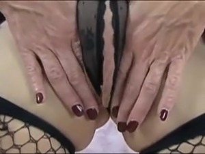Mature big clit and outer lips