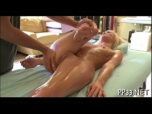 Wild fingering during sexy massage