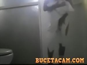 Tracando a novinha depois do banho