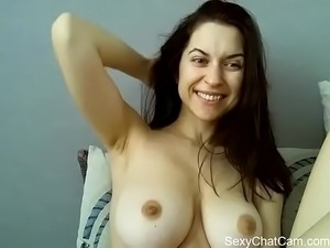 Amber Beads removes top for chat cam on SexyChatCam.com