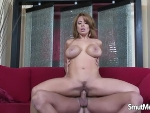 Really hot mom fuck and cum in mouth