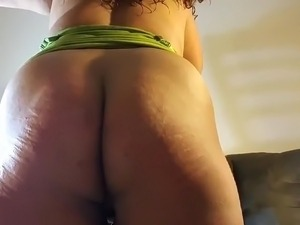 TROPICAL ASS CAKES WHIPPED