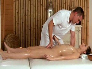 Young euro fucked slowly by her masseur