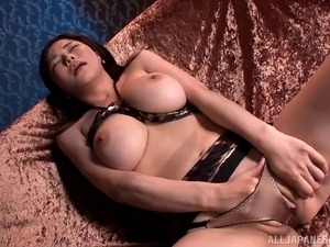 Anri Okita fingering cunt and giving handjob in leather