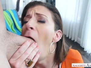 Dirty mature bitch eats dick on her knees and rides it on top