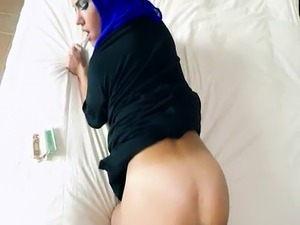 Arab cam girls Anything to Help The Poor