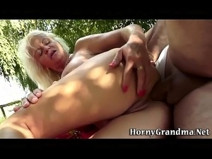 Mature granny anal fucks
