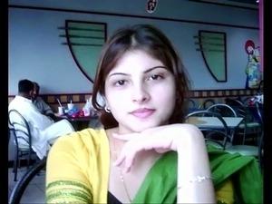 ਲਾਹਾਂ ਸਲਵਾਰ ਫੋਨ ਤੇ - Non Veg Punjabi Talk 2017