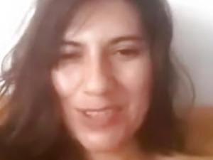 Latina mom fucks het wet pussy