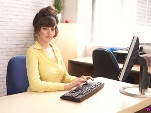 Wondrous slutty brunette secretary wanna masturbate right in the office