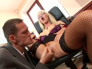 Hot secretary Natalli Di Angelo is pretty naughty and she loves to fuck