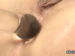 Lovesome nympho is gaping spread snatch in close-up and clim