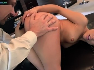Kristina Rose goes for deepthroat and anal