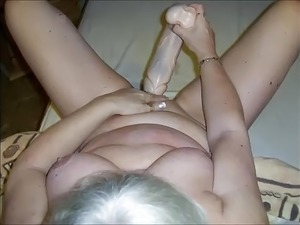 Extrem Dildo and massiv Cumshoot
