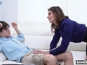 Strict step-mom punishes her nerdy but still dull guy with a steamy cock ride