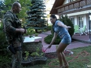 Armed private security dude gets a good blowjob from naughty brunette