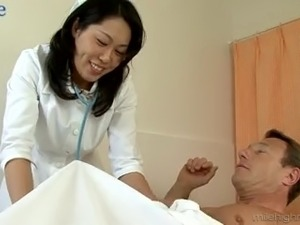 Quite buxom Japanese doctor Fujiko Sakura takes double penetration in hospital
