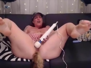 Dirty talking mom Bianca with tail plug for the big ass