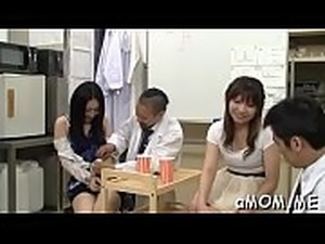 Man provides inches of 10-pounder for horny japanese milf in heats