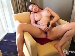 Big Titted Yanks Yasmin Toys Her Twat