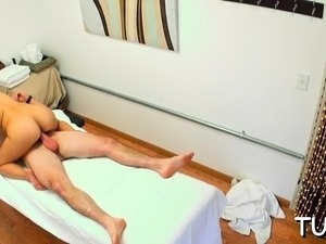 Dude seduces excited masseur and fucks with her
