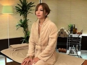 Alluring Japanese babe gets sexually fulfilled by a masseur