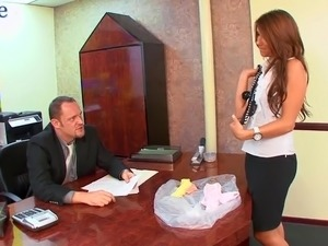Fabulous secretary with gorgeous juicy booty Bella Rey gets fucked mish on table