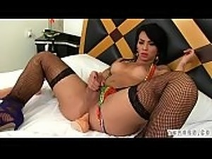 Hot shemale dildo and cumshot