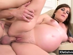 Natural tits pregnant fucked hard with cumshot