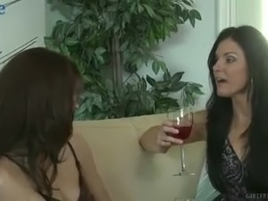 Noname Jane is talkative vivid roommate who is eager to eat wet pussy