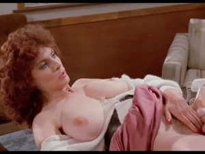 Mature Kay Parker fucked ond desk (looped)